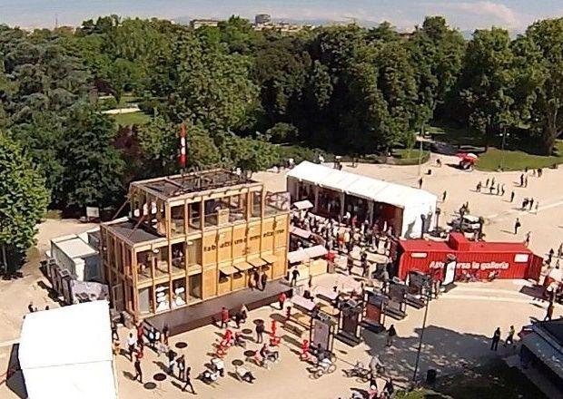 Una veduta di Casa Svizzera a Milano al Parco Sempione