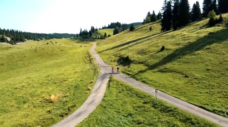 Tour in bici del Parco del Giura